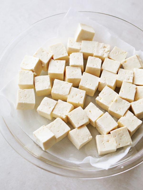 麻婆豆腐の作り方 豆腐をレンジで水切りする