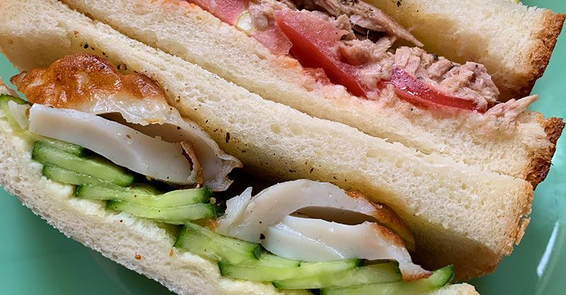 ちくわときゅうりのサンドイッチ&ツナとトマトのサンドイッチ