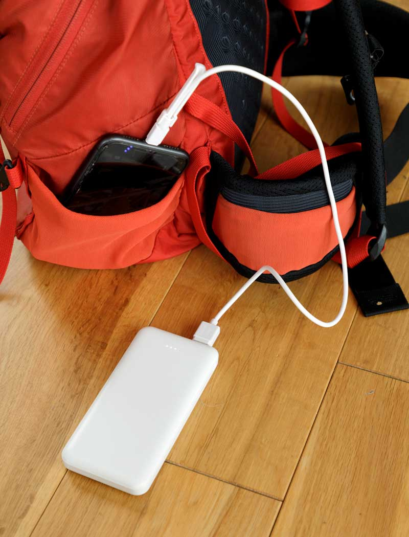 モバイルバッテリーでスマホの充電