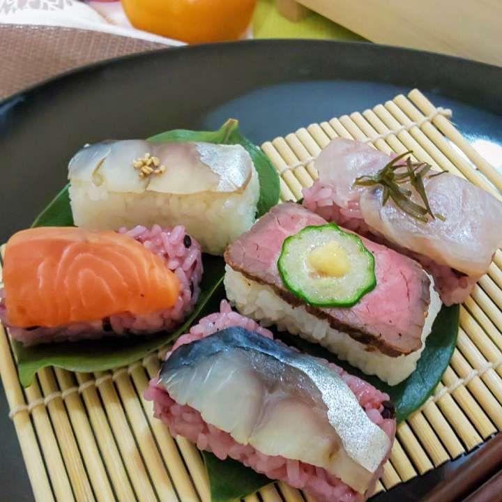 カラフル柿の葉寿司